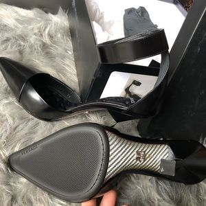 5cbf532e7 Versace Shoes - Brand New Gorgeous Authentic Versace Heels Size 39